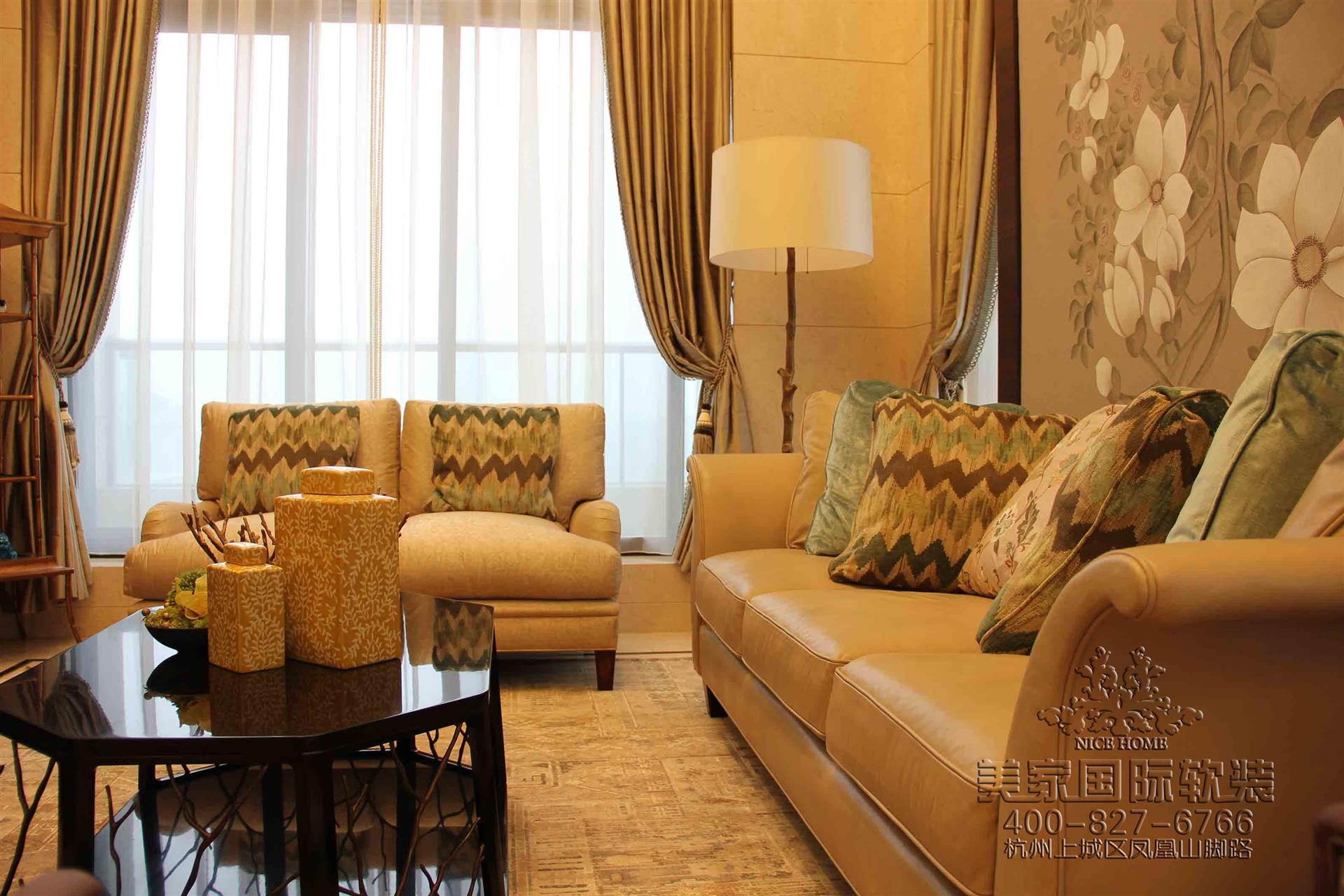 新中式客廳軟裝